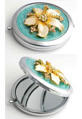www.misstella.fr - Miroir de poche en métal avec fleur, epoxy et strass 77x70mm
