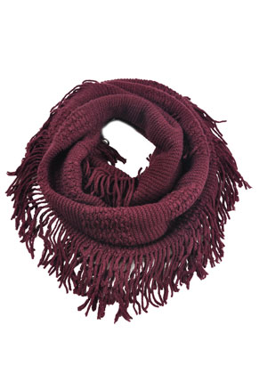 www.misstella.com - Tunnel scarf with fringes