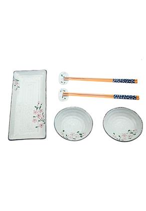 www.misstella.fr - Sushi set contient assiette, plats, baguettes et reste de baguettes