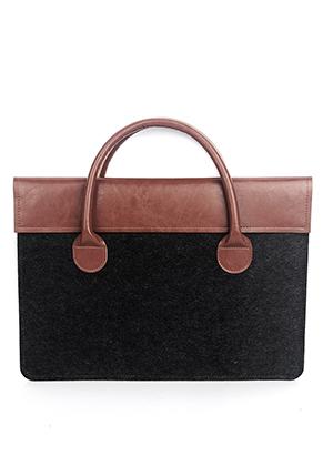 www.misstella.nl - Vilten laptop sleeve / laptoptas 13 inch 35,5x25,5x1cm