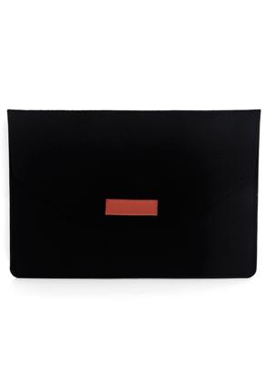www.misstella.nl - Vilten laptop sleeve 13 inch (A1706 & A1708)