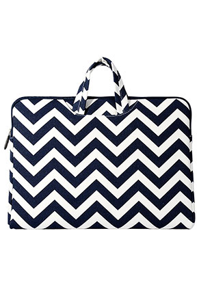 www.misstella.com - Laptop sleeve 13,3 inch with straps and Zig Zag print 34,5x25x2,5cm