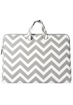www.misstella.com - Laptop sleeve 15,6 inch with straps and Zig Zag print 38,5x28,5x2,5cm
