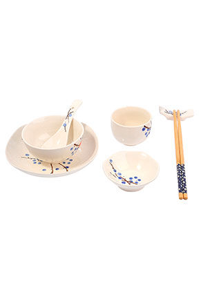 www.misstella.com - Rice bowl contains spoon, dishes, chopsticks and chopstick rest
