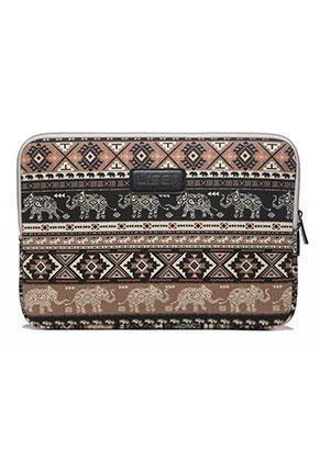 www.misstella.nl - Laptop sleeve 13 - 13,3 inch met Aztec print met olifanten