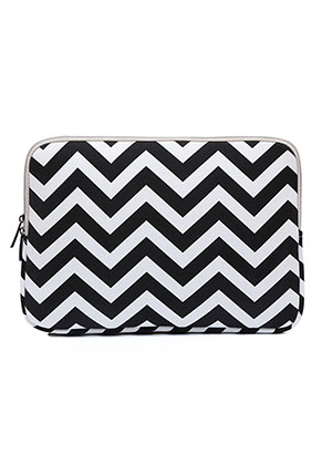 www.misstella.com - Laptop sleeve 13 - 13,3 inch with Zig Zag print