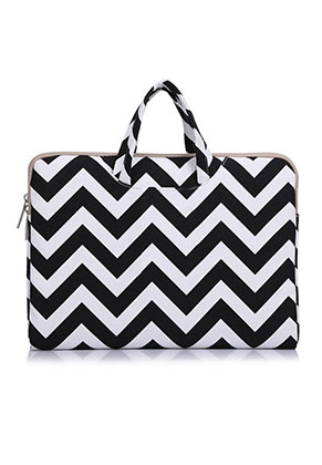 www.misstella.com - Laptop sleeve 13,3 inch with straps and Zig Zag print