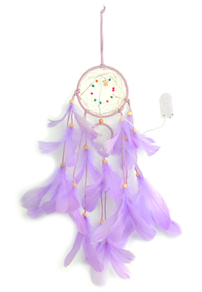 www.misstella.fr - Pendentif capteur de rêves avec plumes et lumières LED 55x11cm