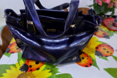 Stella un tesore del Mare about dark blue hand bag